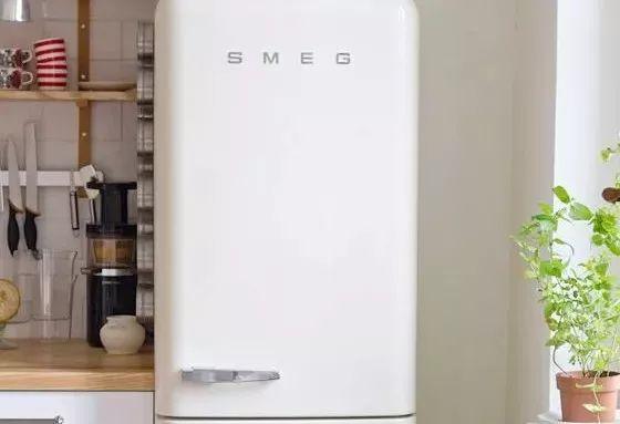 用了10年冰箱,才知道�@里有���_�P,再也不怕冰箱�Y冰!