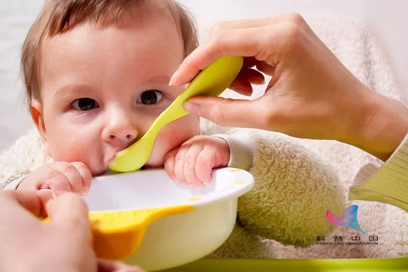 5个月大女婴双肾长满结石!养孩子,千万别这样做