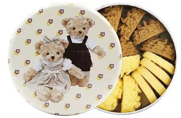 """现场曝光!你爱吃的""""网红""""香港小熊饼干,竟然被人这样仿造..."""