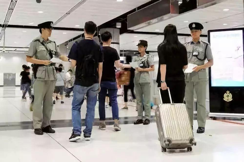 澳门永利注册人以后去香港,千万别带这些!最高罚5万甚至坐牢!