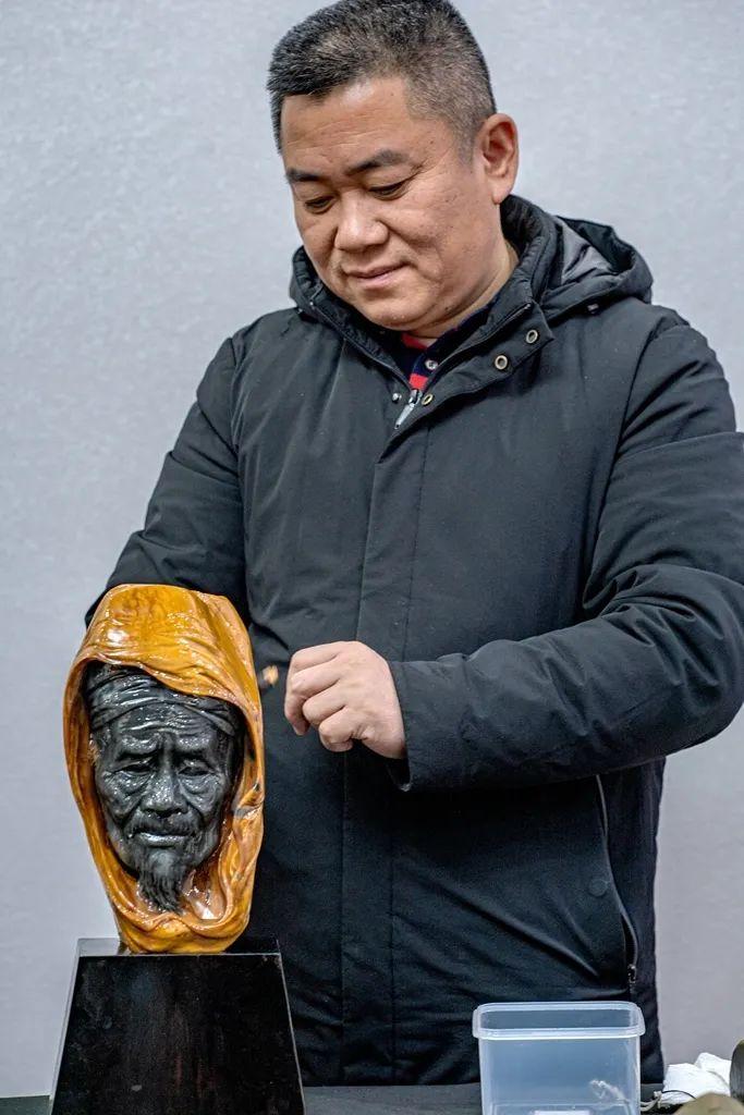 金寨李光明和他的玉……