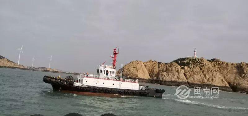 泉州:2船碰撞,1船沉沒,6人落水!海陸空迅速救援