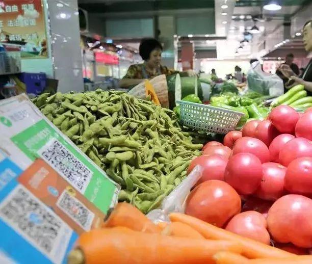 秋季水果蔬菜�I�B冠�榜!秋天照著吃,缺啥吃啥~