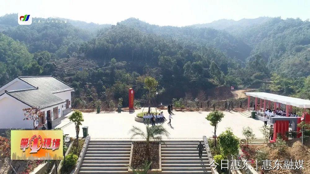 寨�錾缴�林公�@:�⒔�1.6公里的�鸦�景�^��