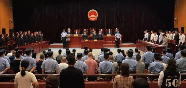 【反腐倡廉】上海再现红楼腐蚀领导获利9.7亿