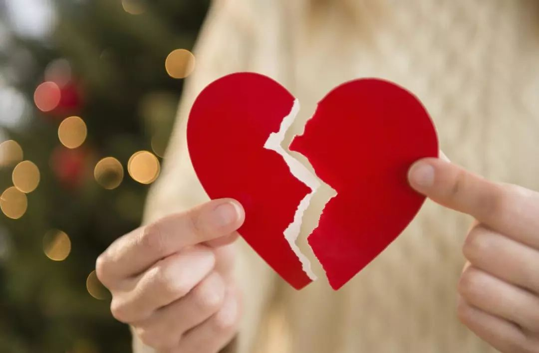 """人生最痛选择!新婚妻子成了""""植物人"""",90后小伙两次起诉离婚!法院最终判决…"""