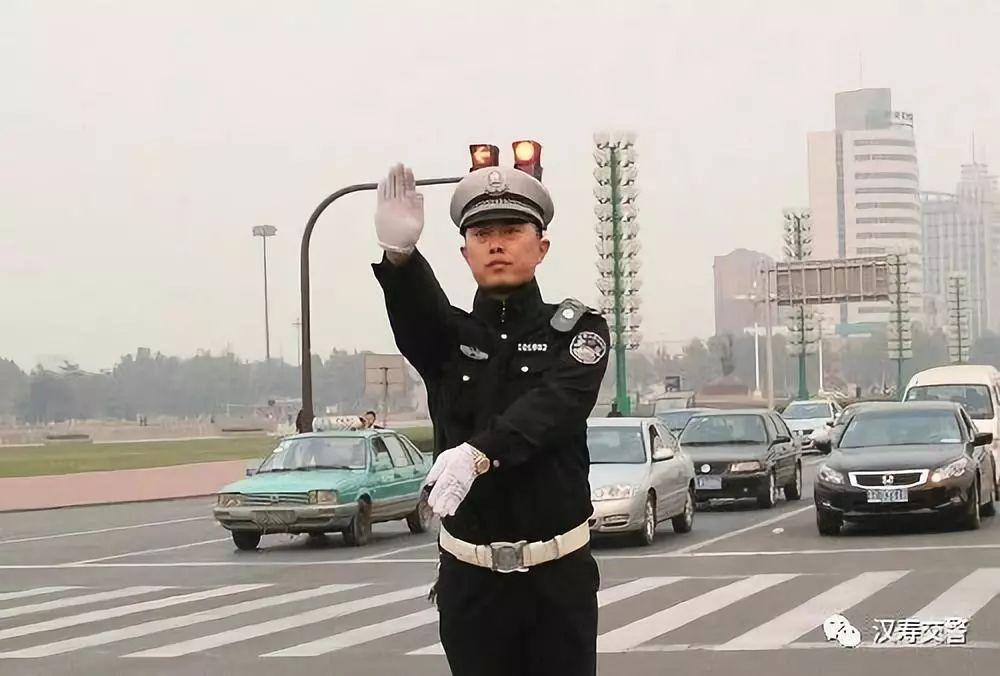 【权威发布】汉寿沧新公路盘湖�C桥抢修实行交通管制一个月