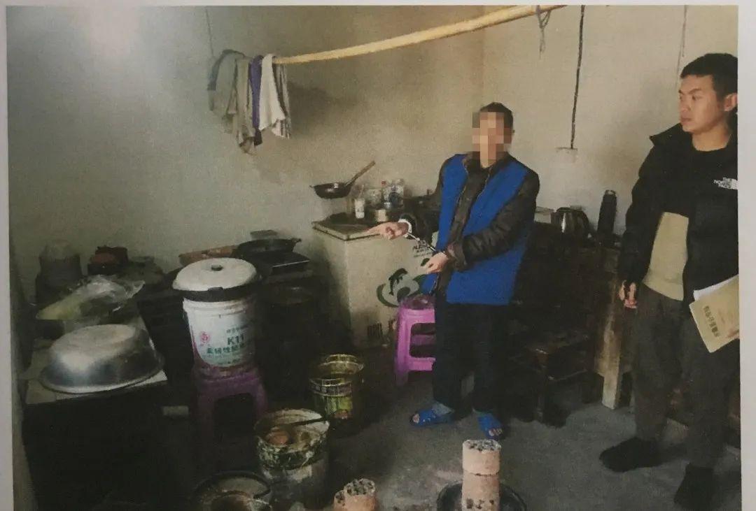 多大的仇?泸州男子往饭里放农药毒杀兄长,被判刑4年6个月