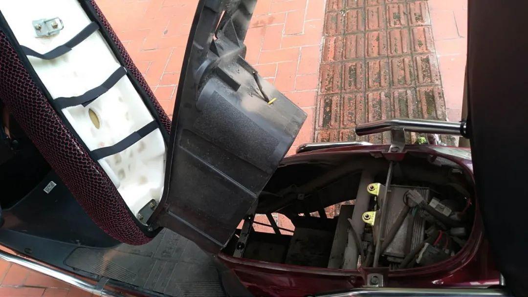 偷电瓶贼最近猖獗出没,叙永已多人被盗,电动车族一定要注意!
