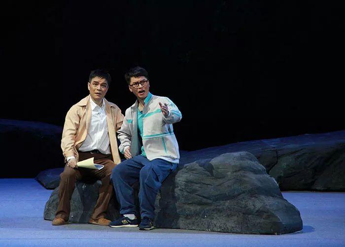 喜报!豫剧《重渡沟》上海滩首秀告捷激情演绎新一代追梦人