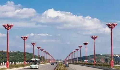 计划有变!将不对岷江二桥进行全幅封闭了,具体管制措施看这里!