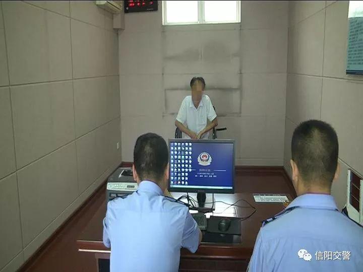 电动车驾驶人妨碍交警执行公务被拘留