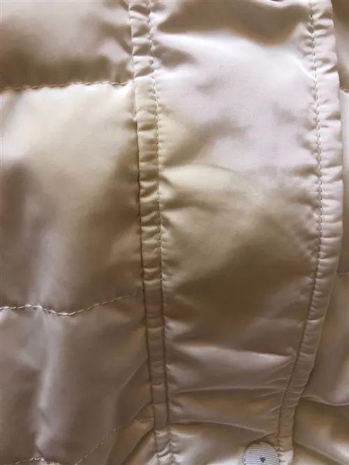 【城事】澳门金沙城中心知名连锁干洗店清洗衣裤,油渍与染色全都无法避免!而且还.....