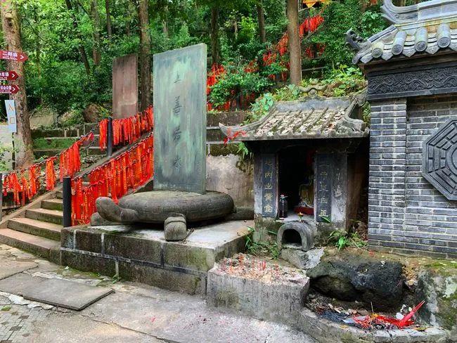 二郎神的祖庭竟在四川夹江,供奉了三个二郎神,他的原型究竟是谁