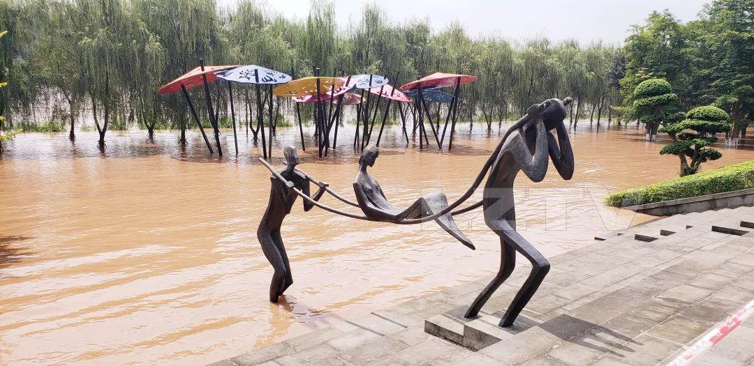 """""""飞机坝""""又要遭?明天长江洪峰过境泸州"""