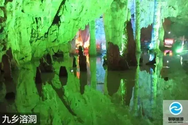 云南石林风景区溶洞