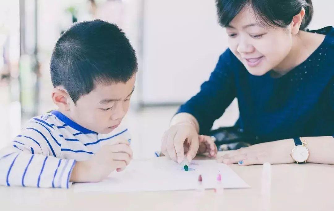 最失败的教育:孩子不努力,爸爸不出力,妈妈用蛮力