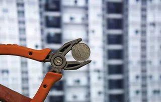 泸州锦绣山水小区电梯故障,业主提心吊胆,为何迟迟未修?