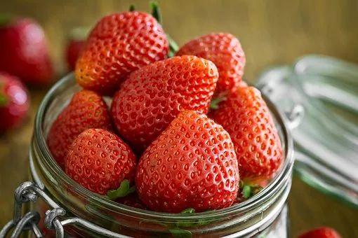 一个月全靠水果当晚餐被送进ICU?这样减肥真不行!