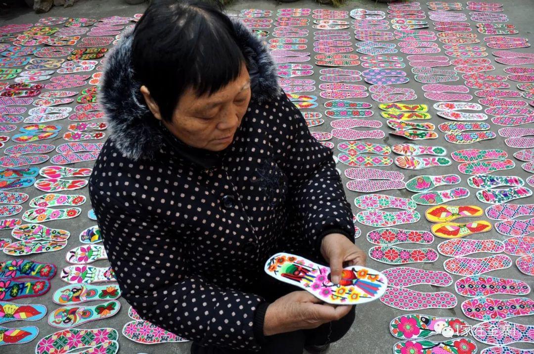 漆威:六旬村妇千针万线绣传奇