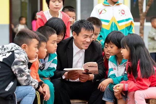 河南张玉滚、郭建华入选第七届全国道德模范