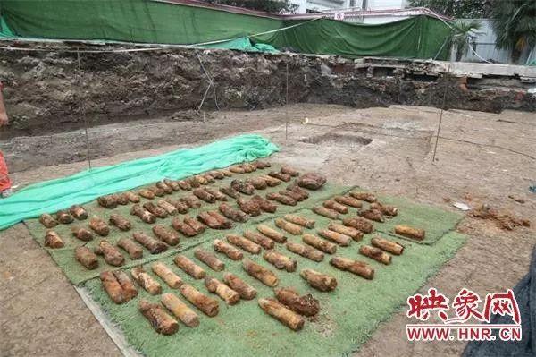 澳门真人赌场官网一处小学工地挖出100余枚历史遗留炮弹