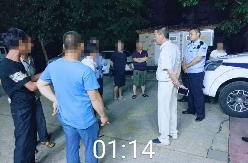 深夜,泸州某工地11名农民工报警,要求睡个觉!