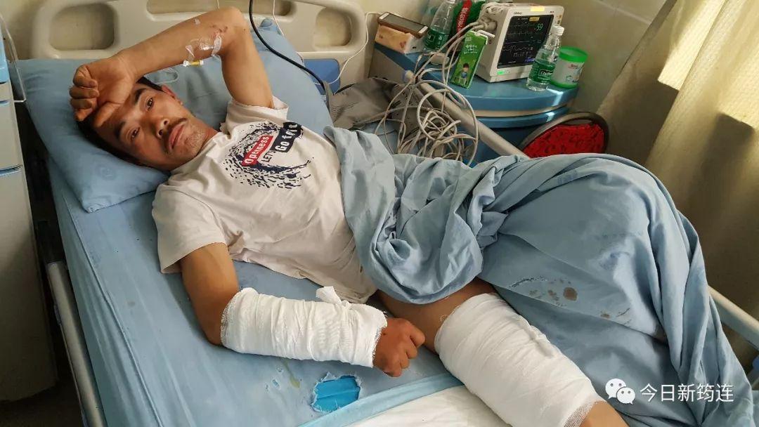 盐津一48岁男子上山挖笋子,被200多斤的黑熊攻击,鲜血直流!