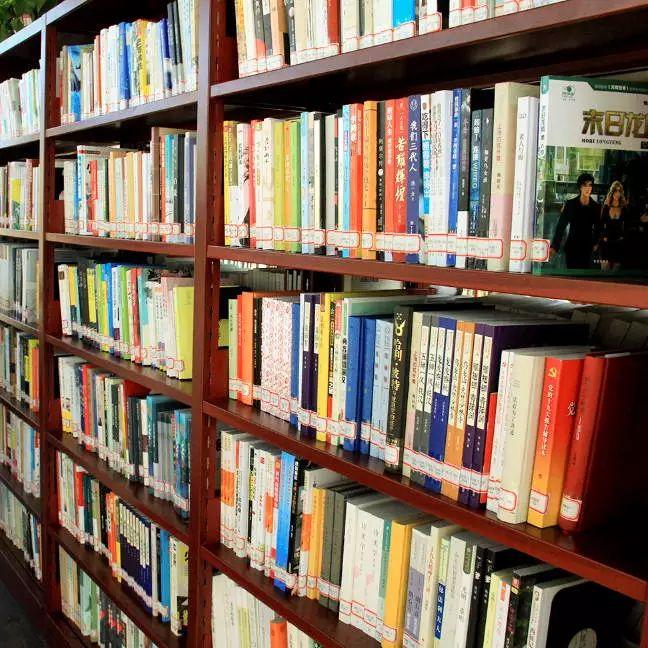 真想住到这里不走~新安城市书房免费对外开放!