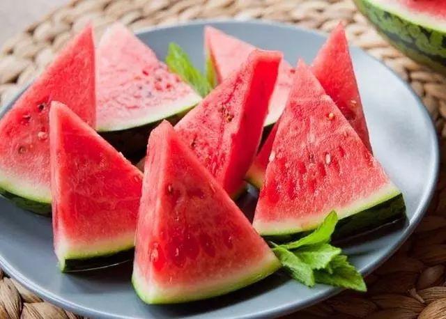 夏天吃西瓜还有这些好处,好多澳门赌博网站人都不知道!