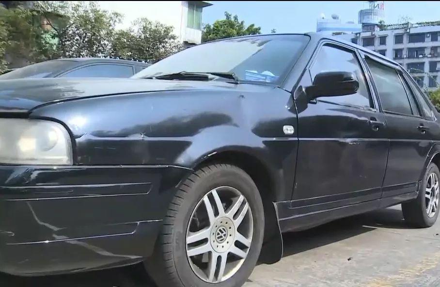 """泸州一""""黑车""""司机公开?#20449;��?#19981;再从?#36335;?#27861;营运活动"""