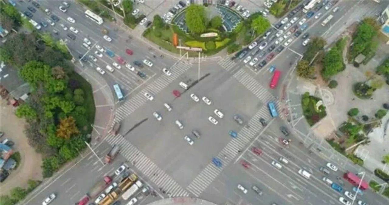 龙马潭区关口叉路口4月29日起将实施交通管制,为期近1年
