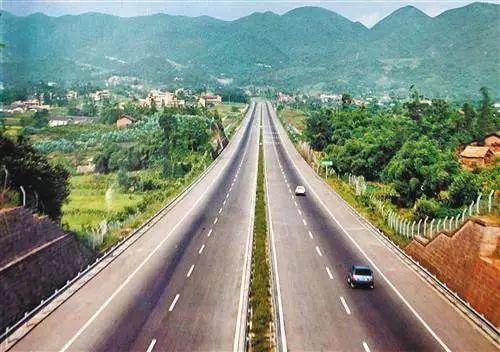 川渝两地计划取消高速路省界收费站,实现收费一卡通