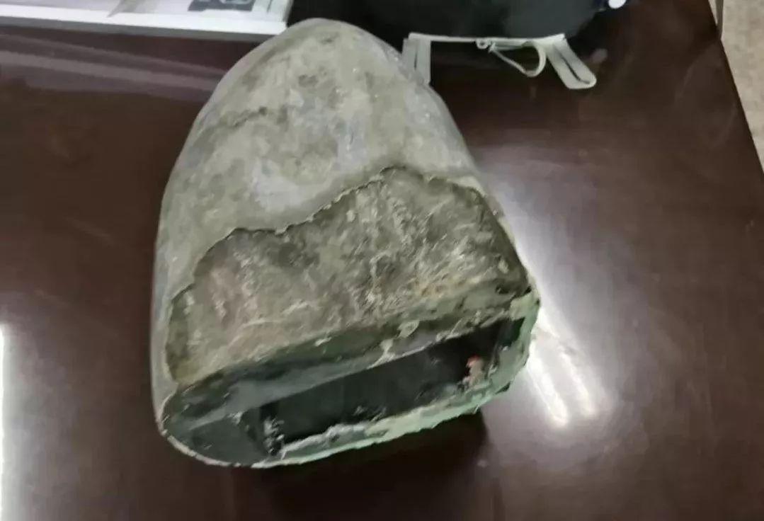 云南邮寄泸州的包裹被警方截获,石头里暗藏603.54克毒品