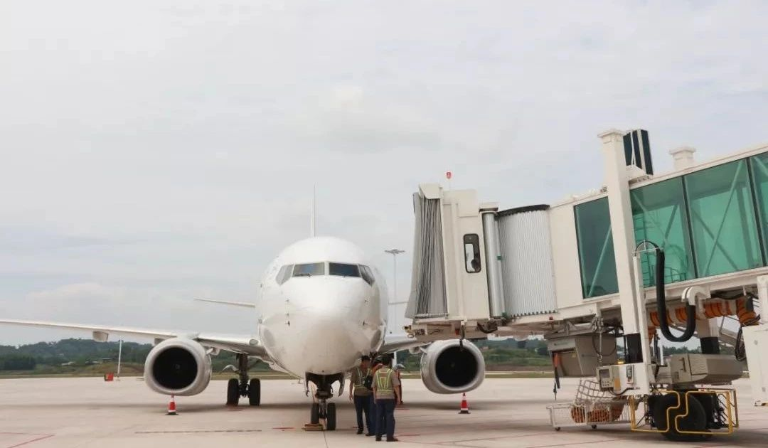 泸州云龙机场昆明―泸州―杭州首航飞机来了!速看航班信息