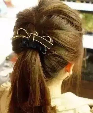 韩式马尾扎发,让你的马尾更青春时尚!