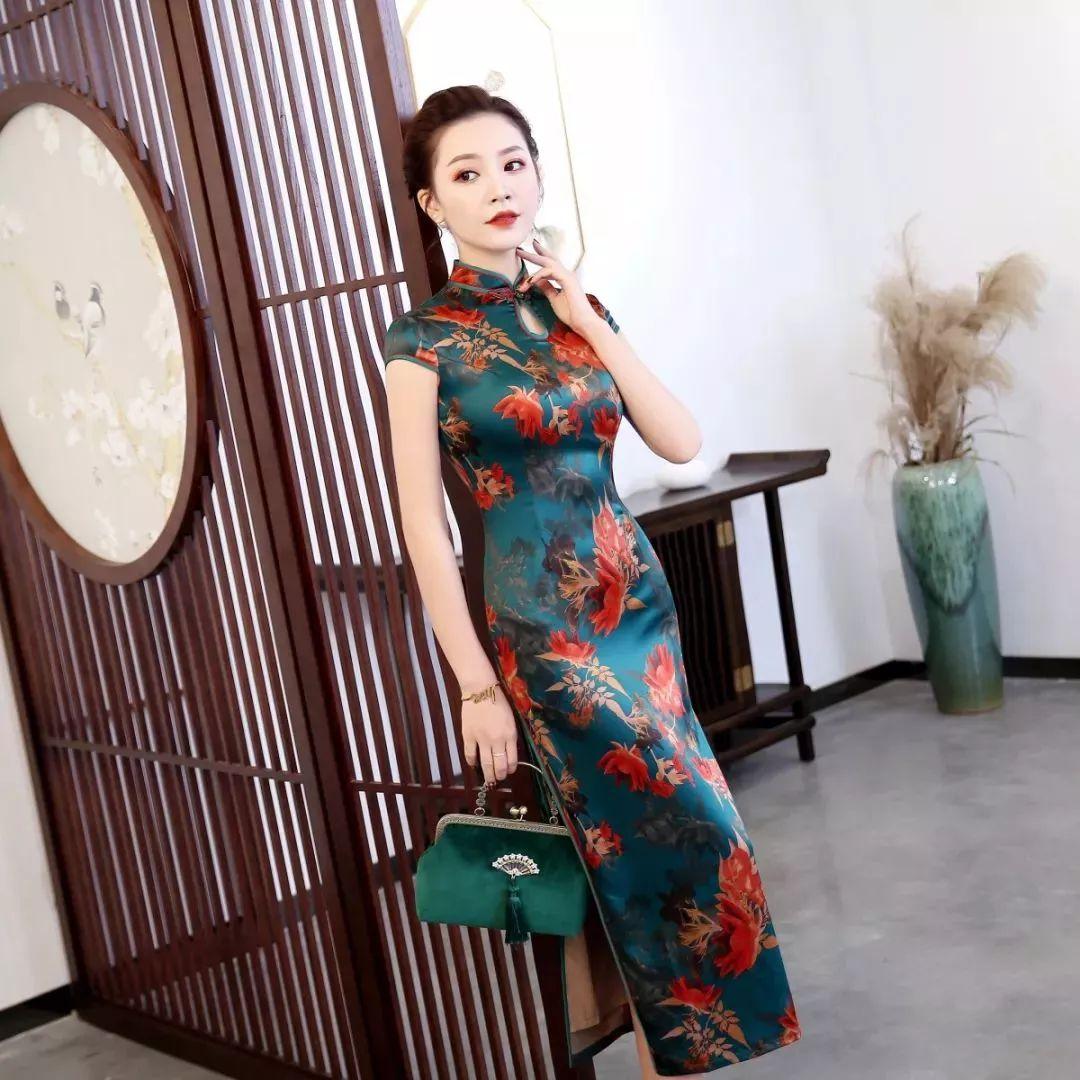 仁寿陵州大酒店,杭州丝绸旗袍特卖福利大派送!高档丝巾免费送…
