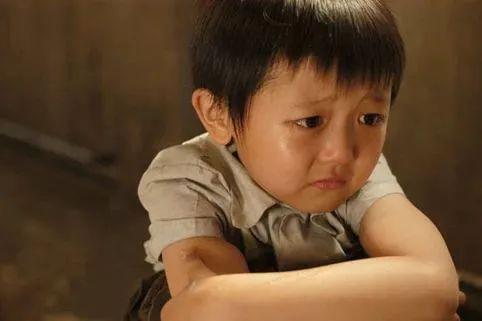 """""""再哭,就去门外哭"""