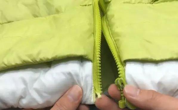 【实用】衣服拉链坏掉,不用花钱修,一根吸管就解决,方法实在太简单