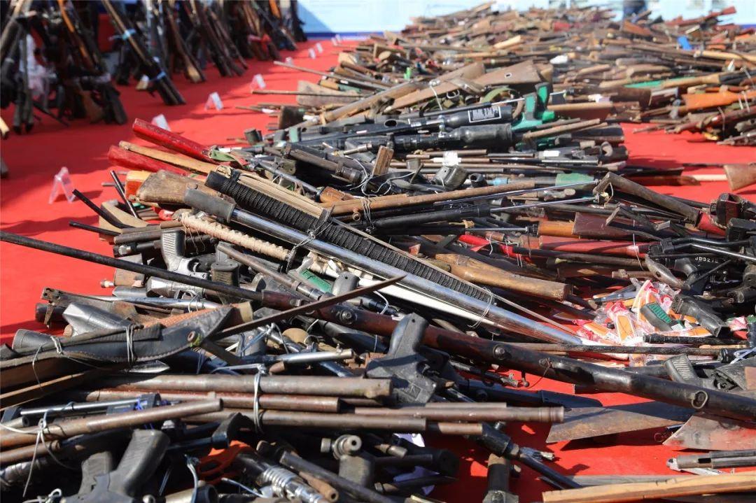 五千多只枪、十余万发子弹!泸州集中销毁一批非法枪爆物品