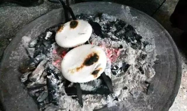 太牛了,沅陵人小时候吃过的烧烤,你吃过吗?