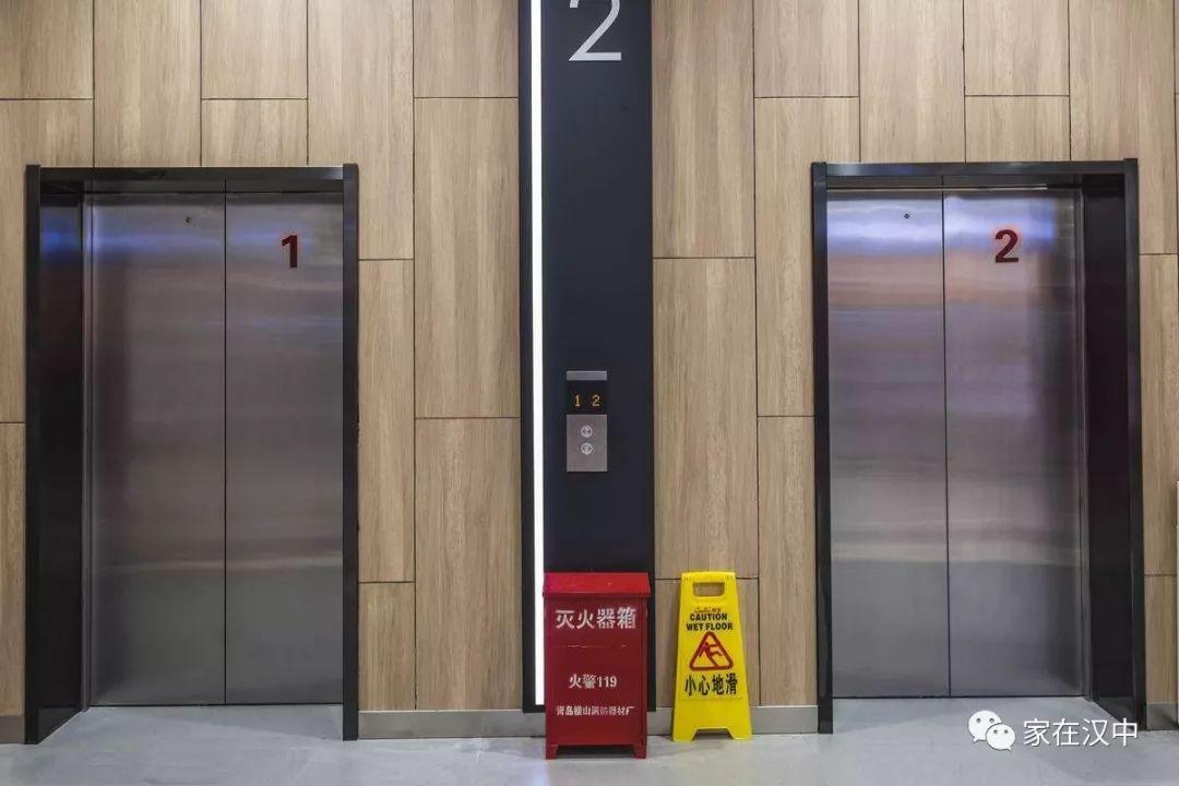 你家电梯轿厢广告收入去哪了?陕西明确本月起归业主
