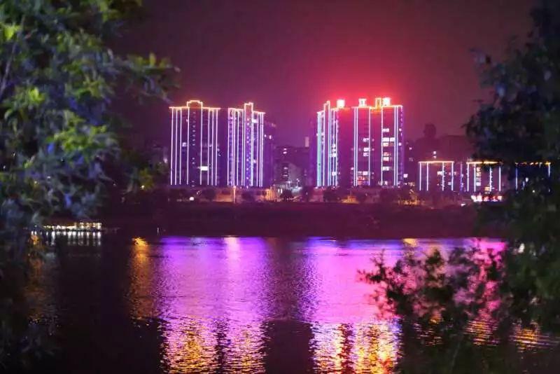 沅陵夜景的8张图片,最后一张竟然是8岁孩拍的!