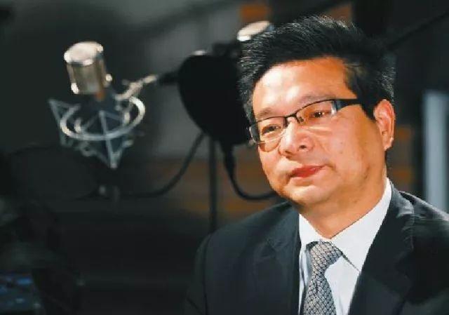 枝江市供电公司党委书记袁忠宜创作的《我宣誓》一炮走红、点播破亿