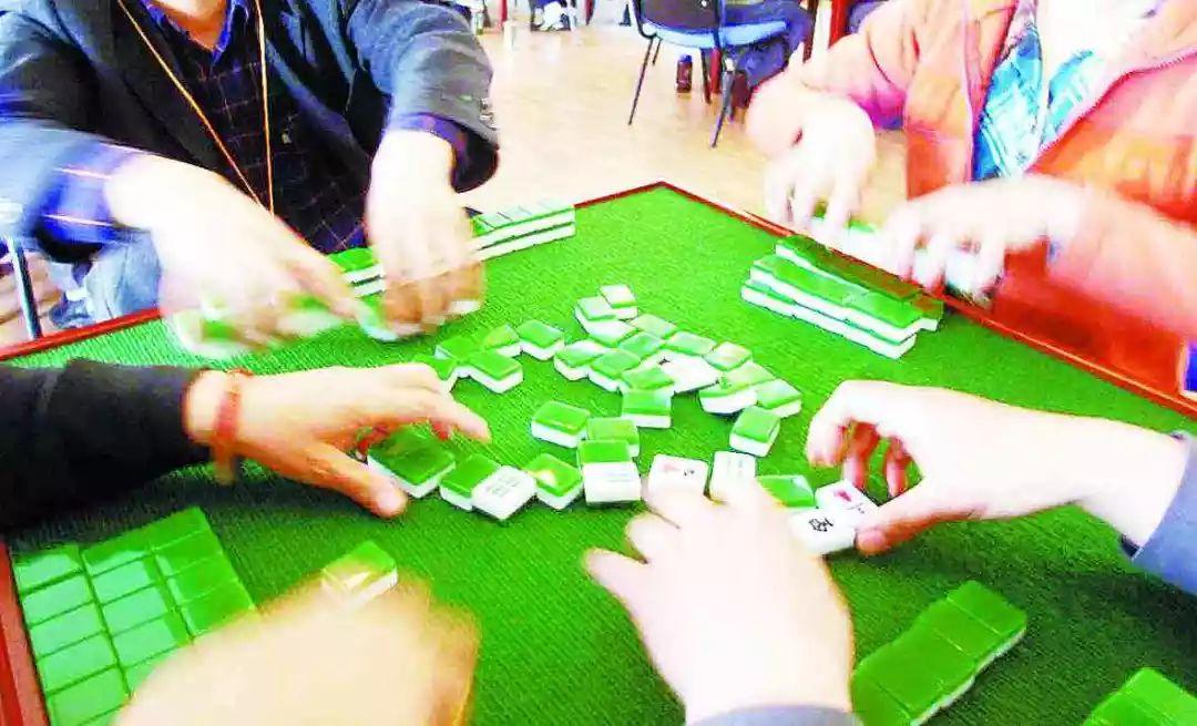 荆门两男子偏远乡下开赌场,四个月牟利170万元!结果…