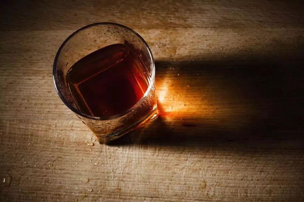 中国酱香酒在蒸馏酒世界为何与众不同?