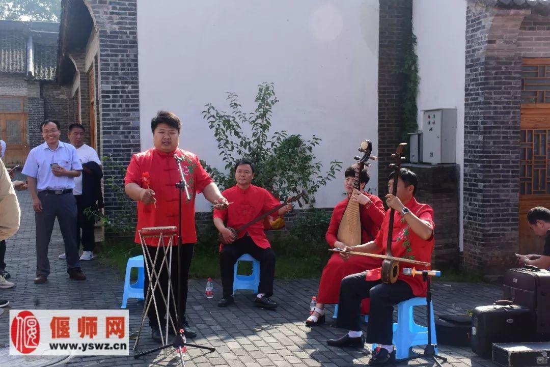 洛阳庆祝首届中国农民丰收节偃师特产受关注