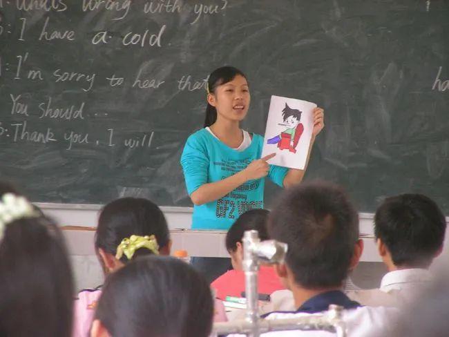 政协委员建议取消英语必修课!为什么大家吵翻了?