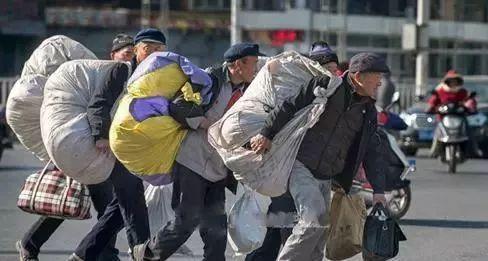 关于核实湖北天隆服饰有限责任公司拖欠员工工资的公告