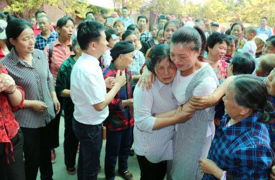 相距60公里失散27年,警民联动终助女儿回家